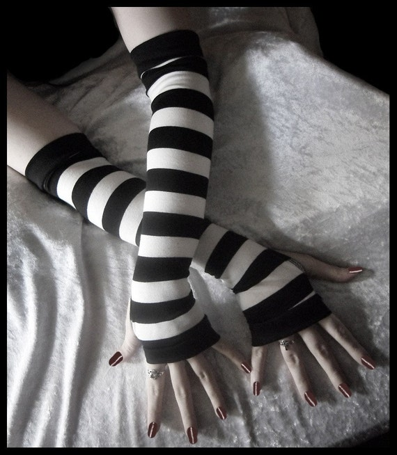 Coma White Arm Warmers | Black & White Striped Cotton | Belly Dance Bellydance Chic Classic Emo Vampire Gypsy Romantic Yoga Light Hooping