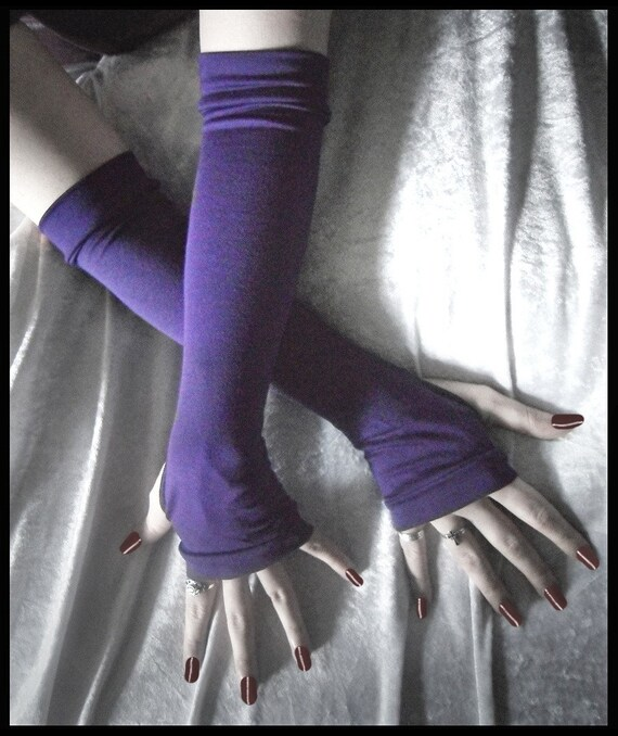 Exile Arm Warmers | Deep Plum Purple Bamboo Cotton | Yoga Gloves Gothic Belly Dance Dark Running Cycling Boho Goth Royal Light Soft Hooping