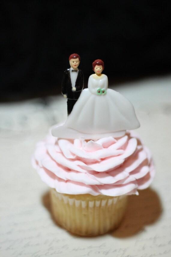 24 Cupcake Topper Picks  Bride and Groom Vintage Picks