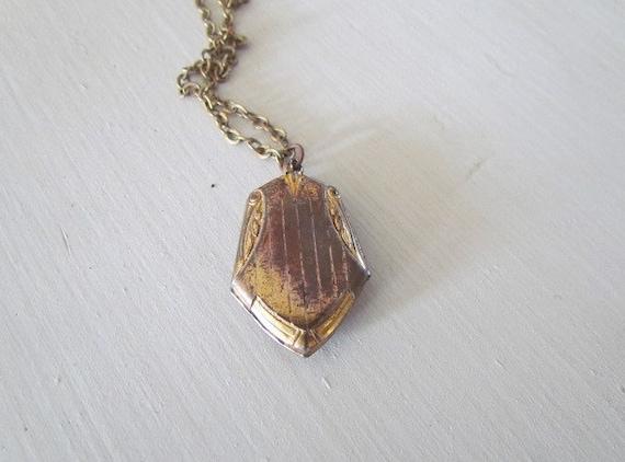 Antique Locket / Antique Victorian Locket c.1890s