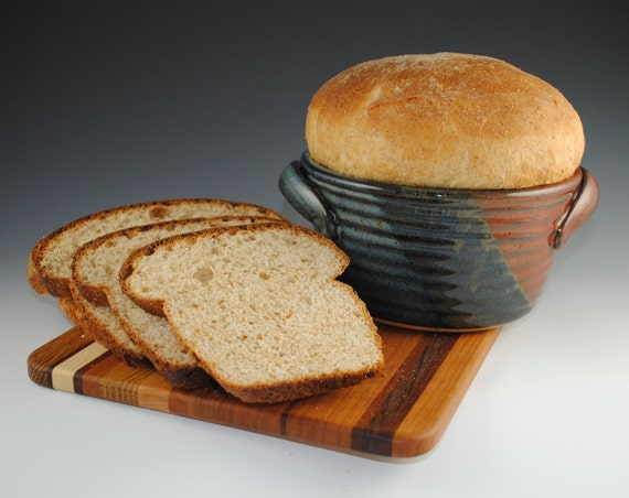 Bread Baker, Bread Crock, 12 RECIPES included - Tri Color Glaze- Featured in Midwest Living Magazine - Baking Dish