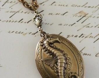 Locket Necklace - Vintage Locket -  Seahorse Necklace - Brass Necklce - Victorian Locket - Hnadmade Jewelry
