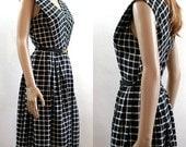 Vintage 1950s Dress Black and White Plaid Sundress / Small
