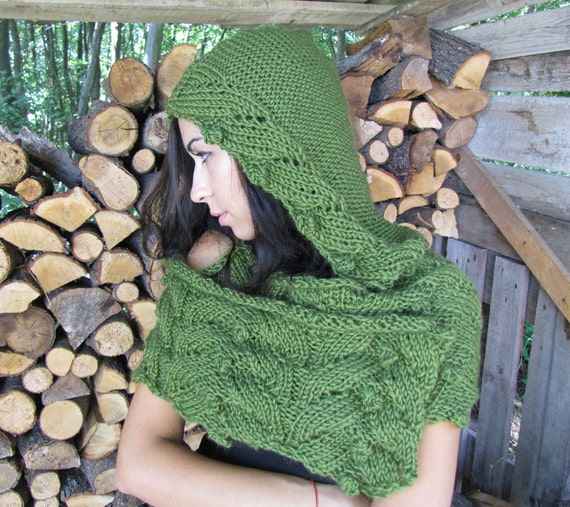 Hooded Scarf, Chunky Scarf, Hand Knit Scarves, Knitted Cape, Hooded Cowl, Winter Neckwarmer, Chunky Cowl, Wool Scarf, Hoodie Scarf, FAIRY