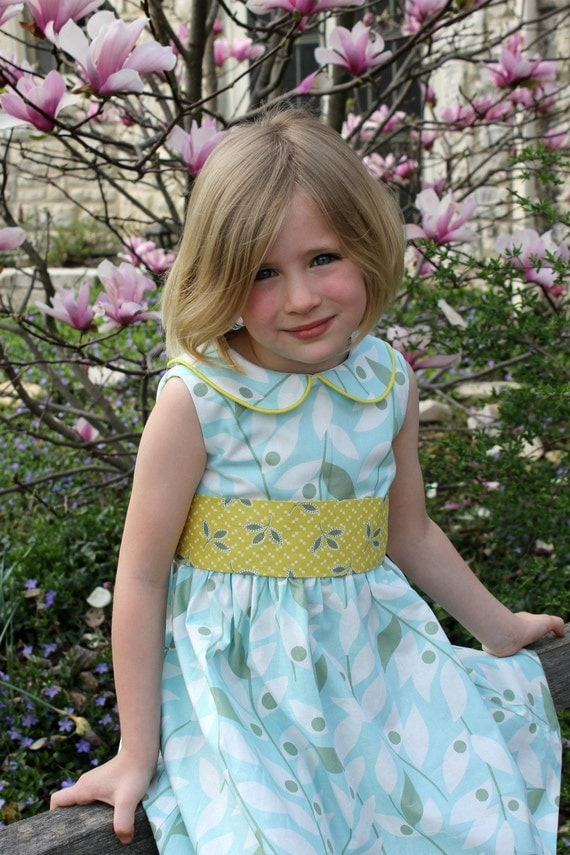Easter -  Little Darlin' 50's day dress with round collar READY TO SHIP