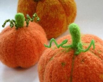 PATTERN-BOOKLET. A Knit & Felt Harvest Pumpkin Pattern