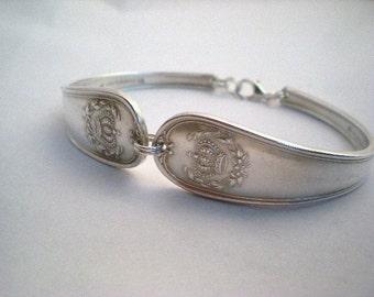 CROWN 1900 Spoon Bracelet, FREE Custom ENGRAVING, Antique Silverware, Bridesmaid, Gift Wedding Vintage, Bridal Jewelry Queen Vintage