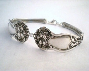 Antique Spoon Bracelet, FREE ENGRAVING, Bridesmaid Gift, Silverware Bracelet, Antique Silverware Jewelry Orange Blossom 1910