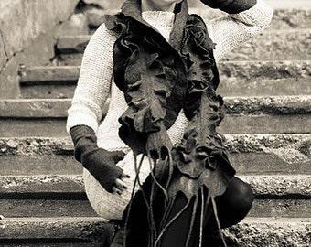 Felt scarf original merino wool handmade women scarf Gray color Ready to send