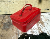 Vintage Cosmetic Case Red Vinyl Travel Luggage Suitcase Overnight Bag Retro Make Up Bag
