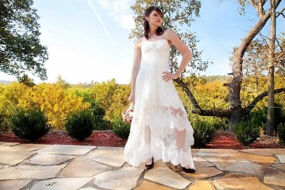 Vintage Lace Wedding Dress - Antique Angelique