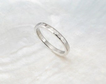 2mm platinum wedding band / stacking ring with waterfall hammering