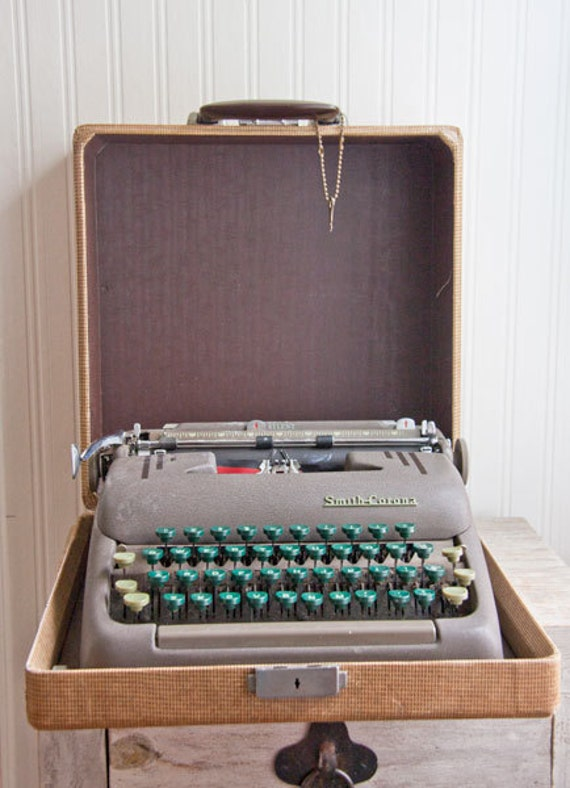 Smith Corona Vintage TypeWriter in case with key 1950's mad men Masculine decor vintage home office
