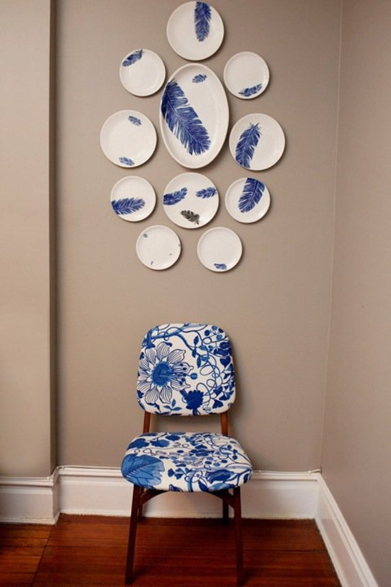 Plate Wall Jessica Howard Blue And White Feather Motif