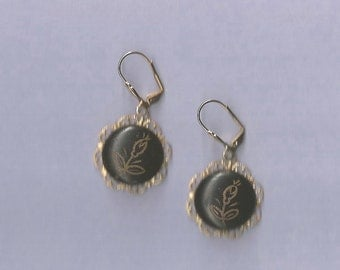 1800s PICTURE BUTTON EARRINGS