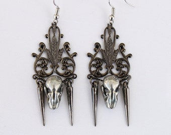 Miyu Decay Noir Filigree Spike Earrings