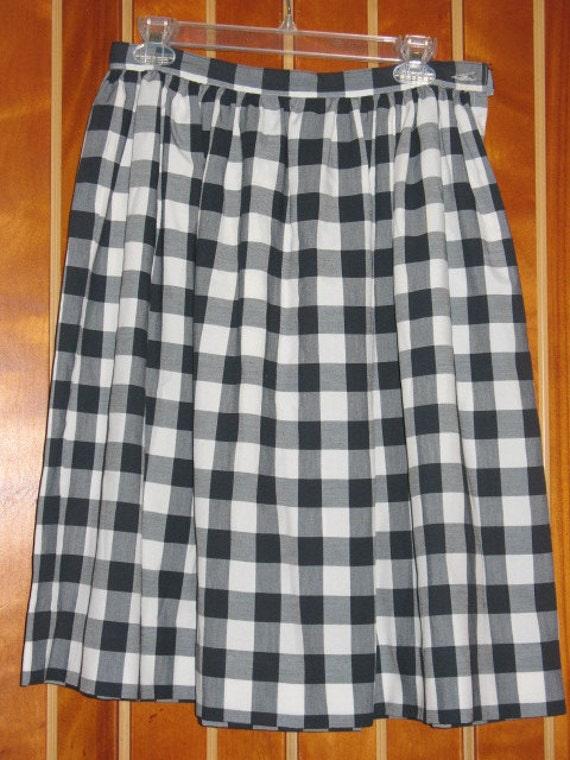 SALE 1970s Gingham Skirt
