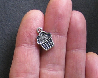 12 Cupcake Charms Antique Silver Tone - SC072