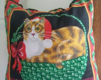 SALE - Christmas Door Hanger -  Cat In A Christmas Basket