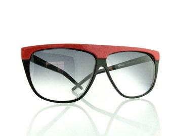 "Vintage Deadstock 80's Classic ""American"" Sunglasses Gradient Grey UV Lenses - FREE Domestic Shipping"