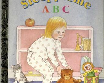 Sleepytime ABC, a Vintage Little Golden Book, C1991