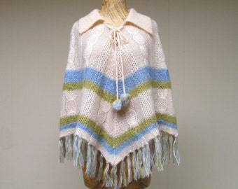 Vintage 1960s Poncho / 60s Ivory Wool Hand Knit Fringed Cape / One Size