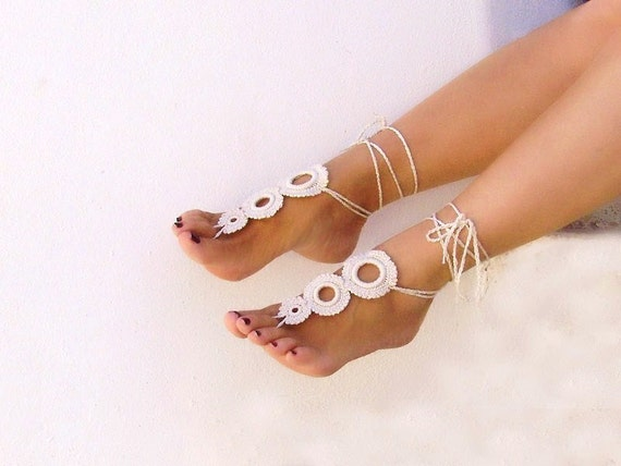 Light Beige Barefoot sandals, Tan crochet, champagne camomile, nude shoes, foot jewelry, wedding, Fashion Accessories