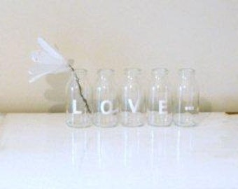 LOVE... Great WEDDING decoration. Mothers Day decor