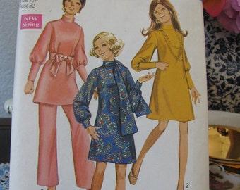 Vintage Simplicity Pattern 8361 Dresses, Scarf and Pants Size 7 Junior Petite, Uncut Dated 1969