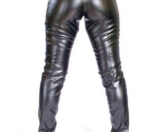 Skinny leatherette pants