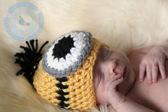 Yellow Minion, Crochet Baby Hat, Despicable Me Inspired Hat, Baby Boy, Baby Girl, Newborn to 6 months, Photo Prop