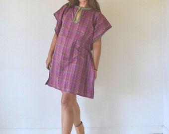 Tunic Poncho Dress 1970s Plum Pink Green Plaid Vintage Cotton Cover Up Medium