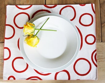 Reversible Placemats - Red Circles on White