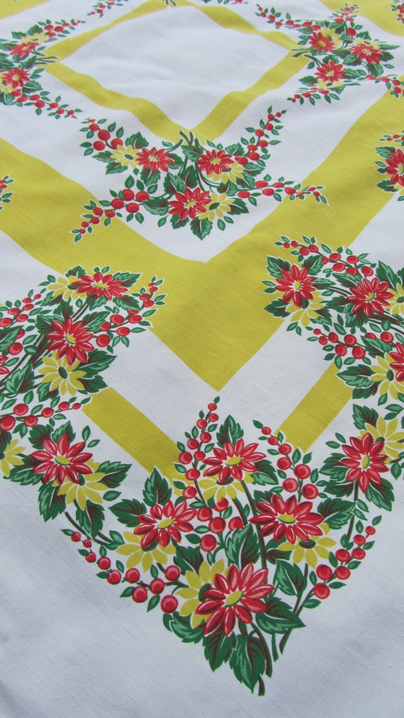 Vintage Marlene Linens Daisy Tablecloth red yellow green