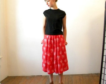 Gorgeous Liz Skirt / SMALL / 1980s Full Gathered Skirt Red by Liz Claiborne / Floral Skirt / Grunge Clothing / Midi Skirt Gathered