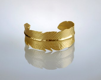 Gold Feather Bracelet ,  Feather Cuff , Woodland Bangle , Feather Bangle , Woodland Jewelry , Gold Cuff , Feather jewelry , Leaf Bracelet