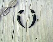 Fake Gauges Horn Earrings Talon Tribal Buffalo Black Horn Organic - FG032 H G1