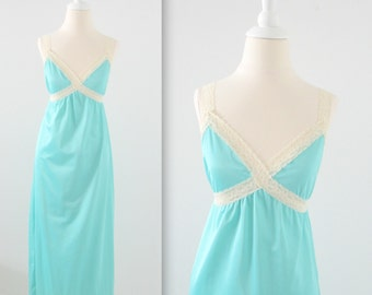 Vintage 1970s Backless Slip Nightgown in Aqua Blue - Small