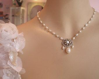 Bridal Pearl Necklace Silver Necklace Vintage Swarovski Crystal Rhinestone Bride Necklace Vintage Necklace White Freshwater Pearls Necklace