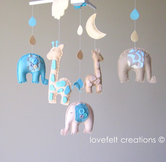 Baby Mobile - Baby crib mobile - Custom Baby Mobile - Elephant Mobile - Giraffe Mobile - You can PICK ur COLORS and FABRIC :)