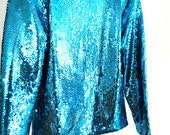 GLAM 80s Sequined Electric Blue Top Women's size Large Long Sleeve Key Hole Back Fancy Metallic Shiny Glitter Glam Rock Plus Size Betty Whit