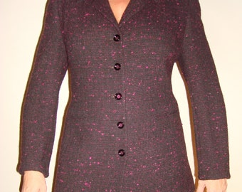 Women classic vintage Louis Feraud purple Jacket with 5 buttons