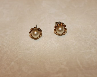 Sale-FAB 40's Faux Pearl Earrings with removable sleeves