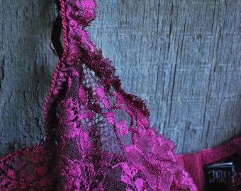 vintage LaPerla lace bra