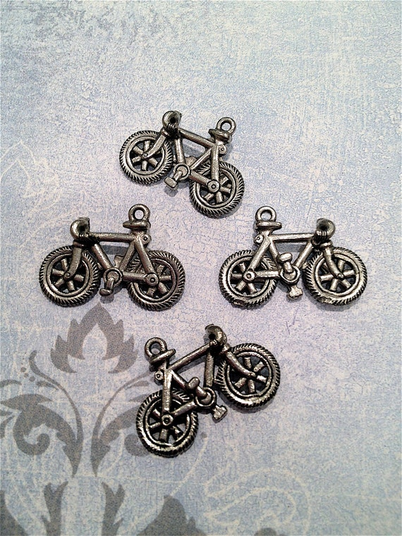 Bicycle Charms --5 pieces-(Antique Pewter Silver Finish)--style 908-