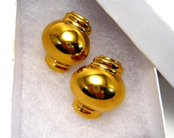 Chunky Monet earrings, vintage Mod modernist geometric round gold tone clip on earrings
