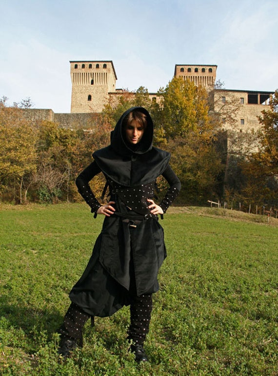 MADE TO ORDER - rogue outfit unisex  Fantasy Stempunk Castle Armor Pagan Black Medieval Renaissance