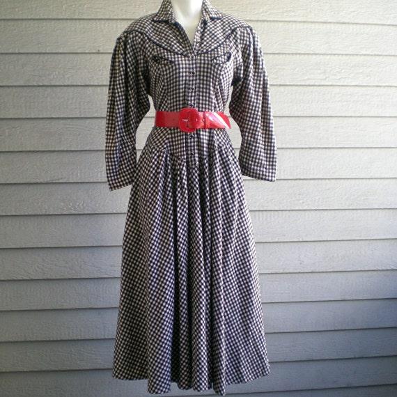 vintage 70s dress. rockabilly black & white plaid. western frock. size medium.