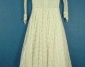 Vintage 50s Lace Wedding/ Prom Dress With Peter Pan Collar Long Sleeved 6 8 Petite