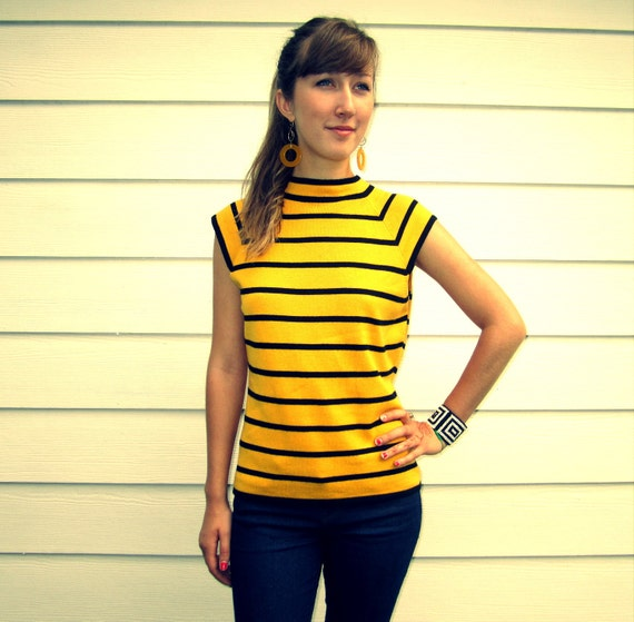 SALE /// 90s BEE silk/cashmere shell (M)